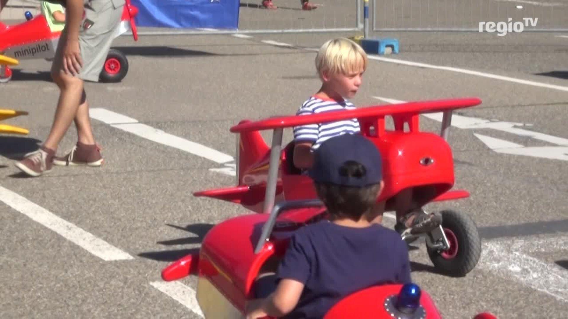 Gablenberger Klaus Blog Blog Archive Ein Paar Eindrucke Vom Kinderfest Am Flughafen Stuttgart