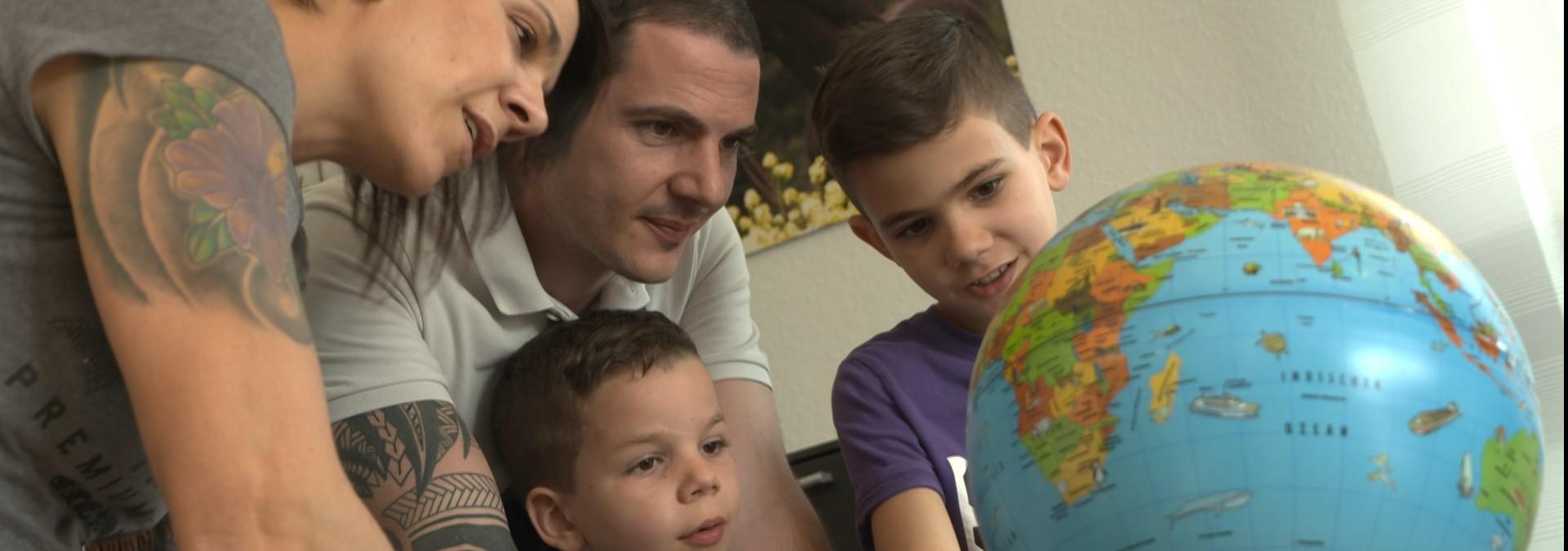 Eine Familie geht auf Weltreise