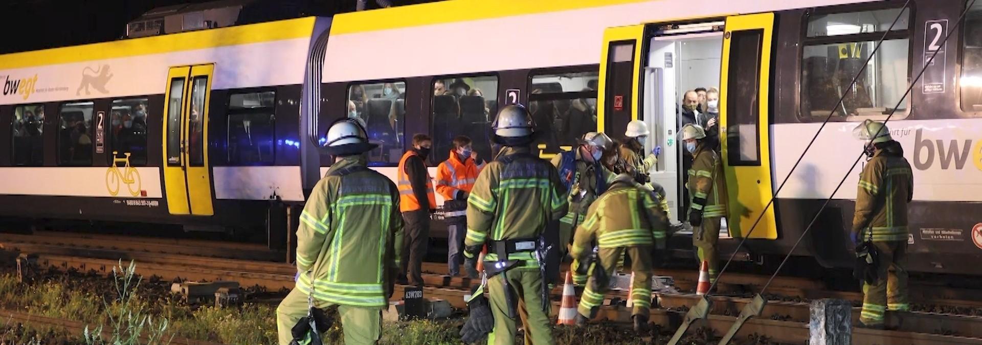 132 Passagiere aus Zug evakuiert