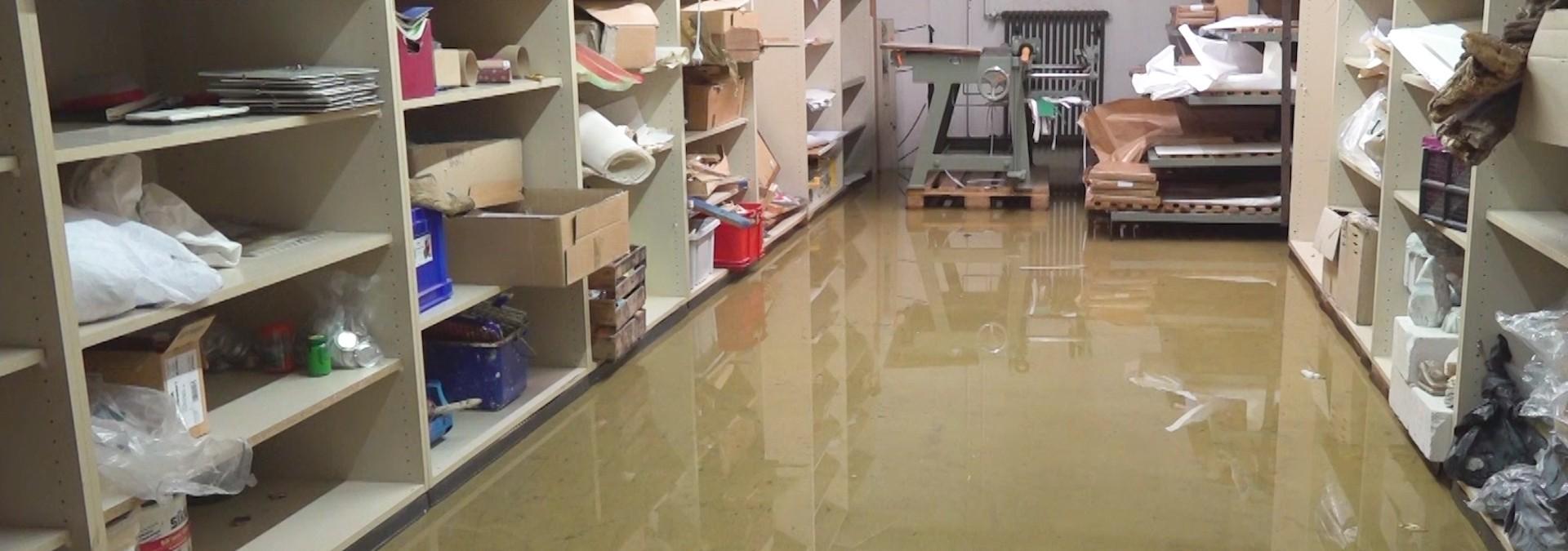 Gewitter überflutet Schulkeller